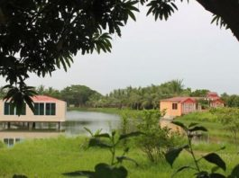 Mozaffar Garden & Resort