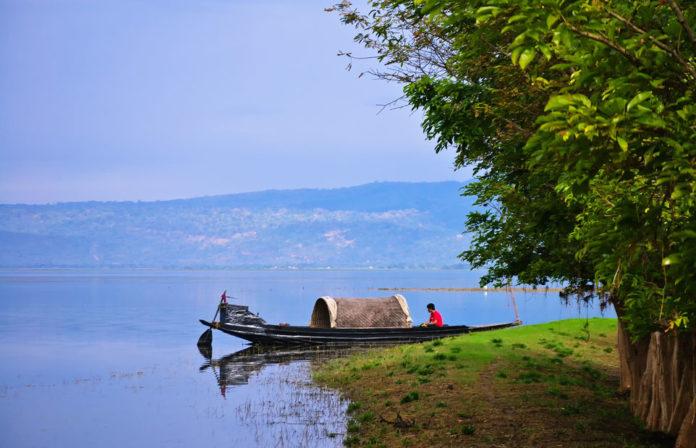 Resting_Tanguar_Haor_Sunamganj_Sylhet